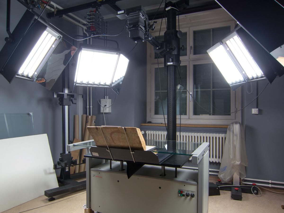 Overhead book scanner used by the Zentralbibliothek in Zürich